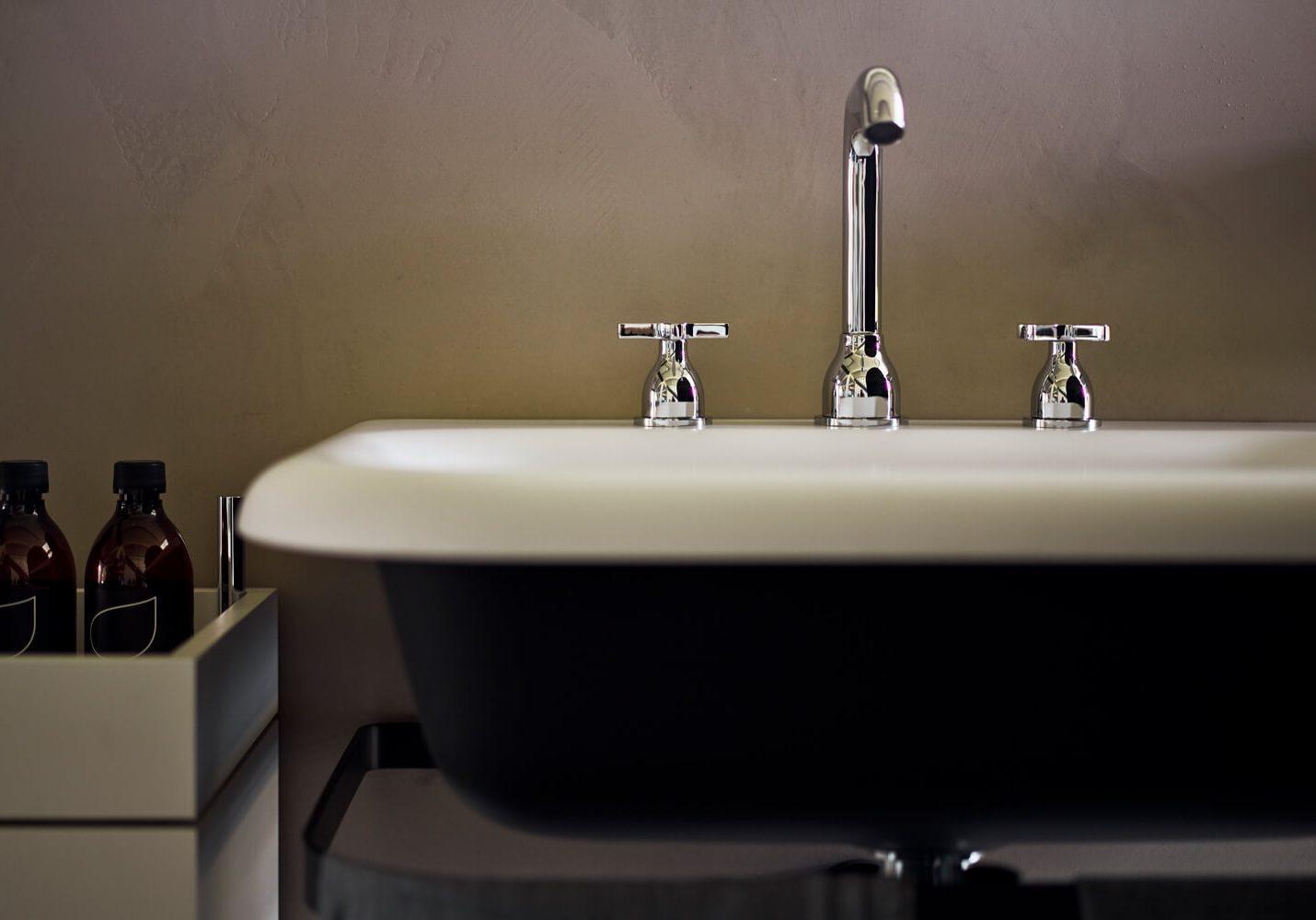agape-handel-luxus-badezimmer